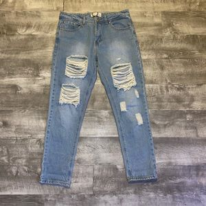 Boohoo Distressed high rise jeans Size US 8